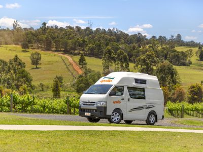 Van camping car Apollo Endeavour Camper en Australie