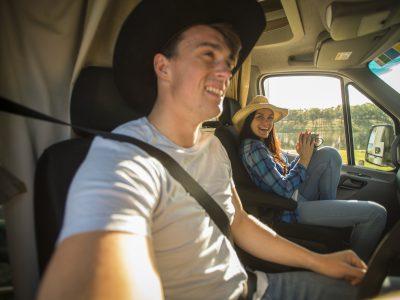 Camping car Britz Discovery en Australie - conducteur